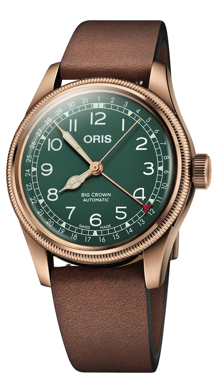 The integrated design of this Oris sports a distinctive look of vintage style.